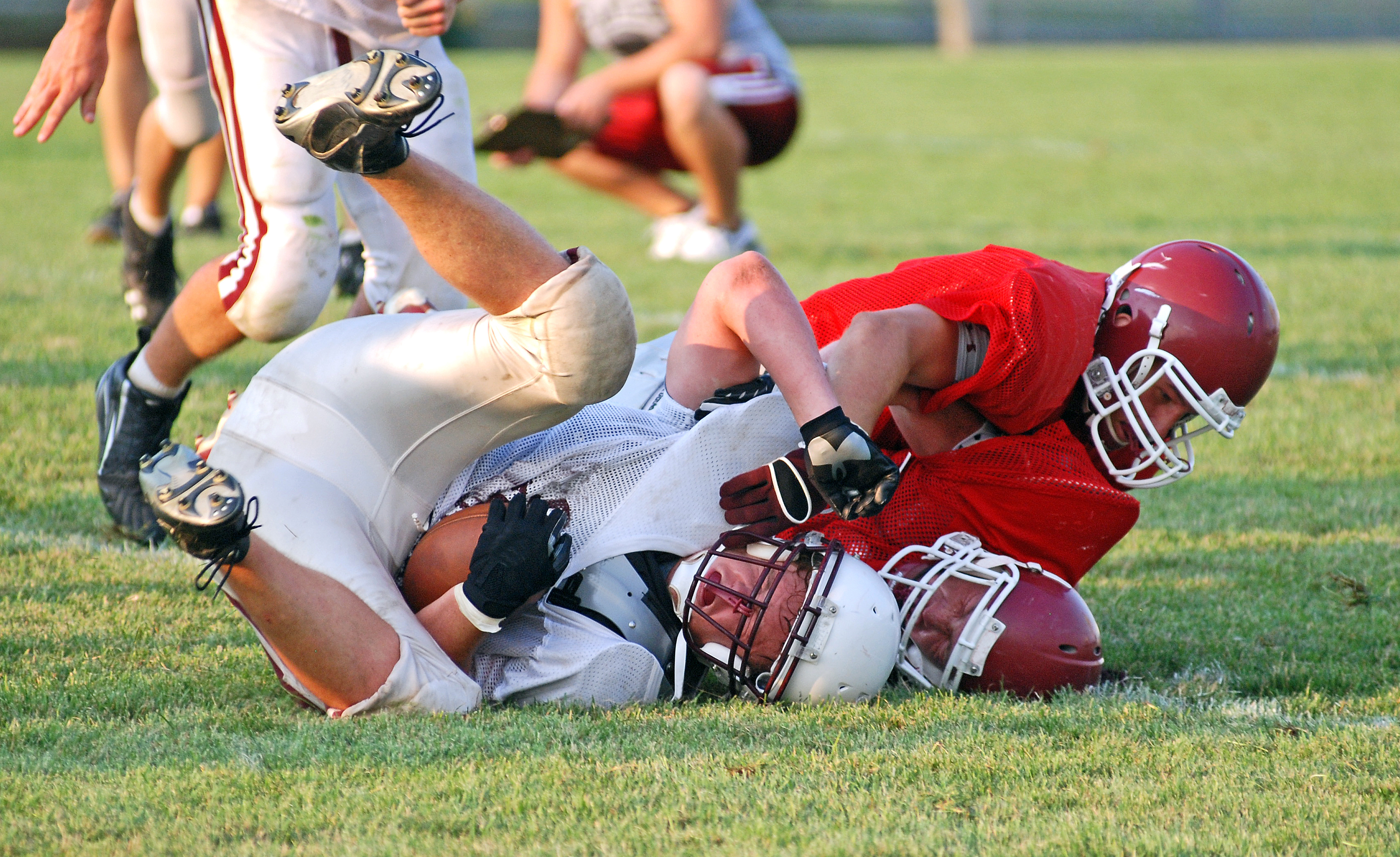 10 Concussion Safety Tips for Fall-Winter Student-Athletes